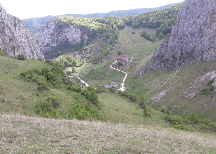 From Sibiu 1 day tour: Trascau region - Valisoarei gorges